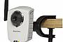 AXIS представляет миниатюрную беспроводную видеокамеру с параллельной передачей M-JPEG и MPEG-4